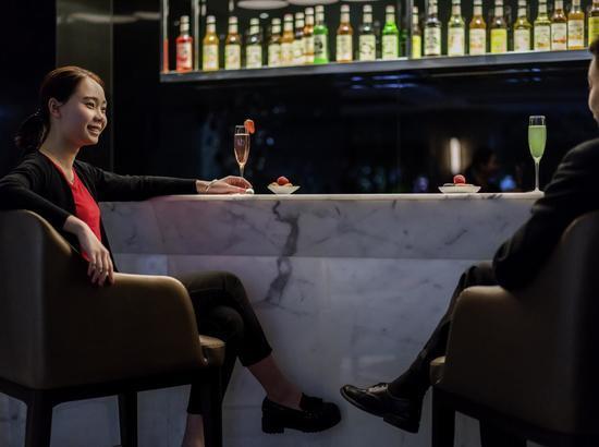 周末不加价!珠海中海铂尔曼酒店 标准房1晚(含早+下午茶+精美礼品)