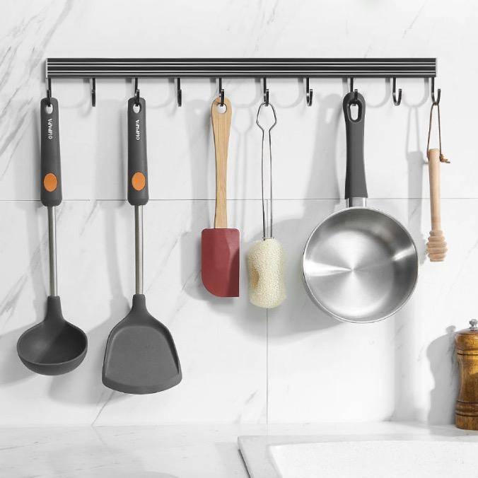 蓝藤免打孔厨房挂钩挂杆置物架厨具挂架收纳架神器浴室可移动排钩