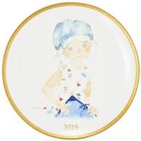 Narumi 鸣海 2019款餐盘 带有素描手册的蓝色帽子的少女 直径21cm