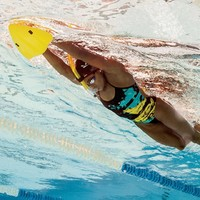 FINIS 斐尼斯 三角梭板 Alignment Kickboard 1.05.042 游泳训练配件
