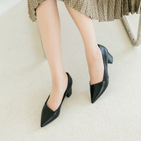 新款舒软羊皮尖头中粗跟浅口单鞋女鞋子简约风职业通勤鞋皮鞋女 34 黑色