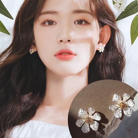 韩国东大门可爱小雏菊耳钉银针花朵耳饰少女2021新款耳环