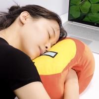 名创优品抱枕捂手枕靠垫抱枕插手毛绒玩具漫威可爱系列版暖手抱枕