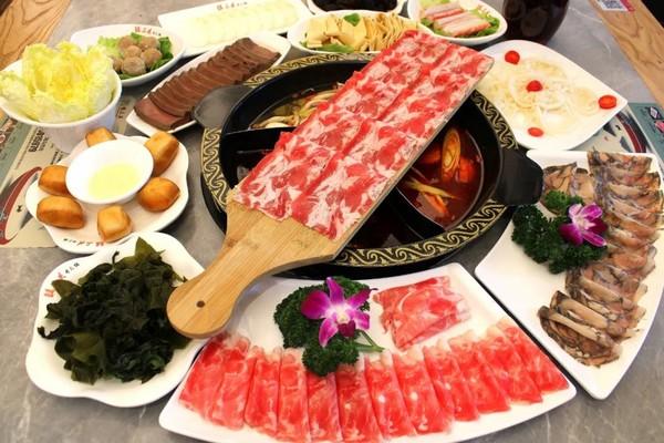 川渝又一村火锅烤肉自助,49.9元每人!喜来稀肉138元享3~4人餐!