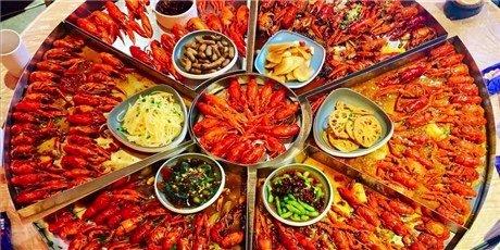 """6斤小龙虾宴来袭,仅需199元,多种口味可选,""""嘬虾""""开始!"""