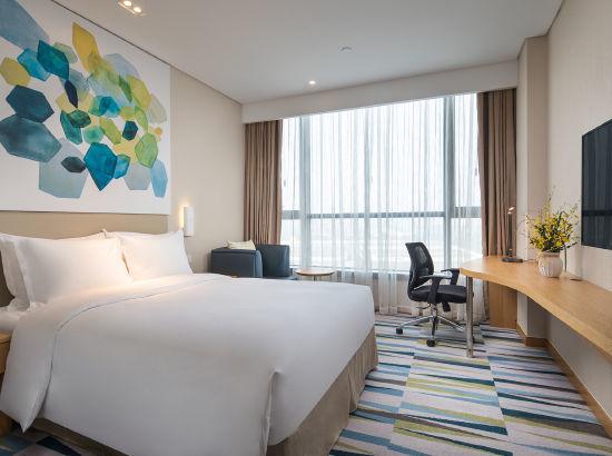 周末/节假日不加价!苏州太湖智选假日酒店 标准大床房2晚(含早餐)