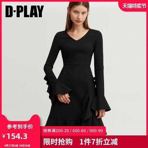 DPLAY德帕拉冬装年新品欧美黑色V领喇叭袖修身显瘦长袖连衣裙