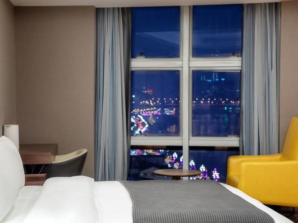 端午不加价!重庆艾德蒙顿(EDMO)高空江景酒店江景房2晚 可拆分