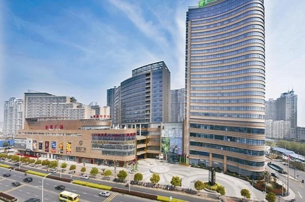 周末/节假日不加价!杭州萧山众安假日酒店假日高级房2晚含早