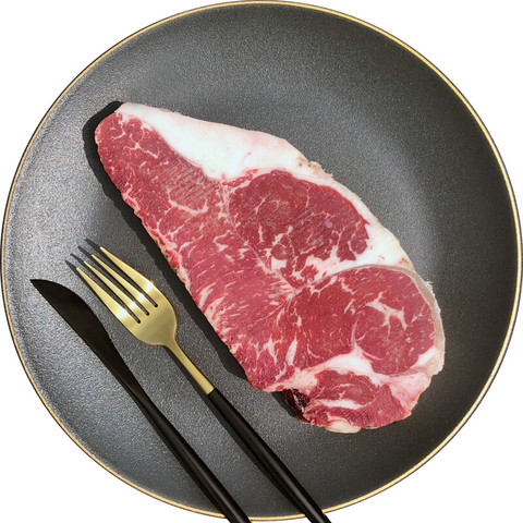 PLUS会员:农夫好牛 谷饲安格斯厚切西冷牛排300g(PLUS会员组合购买可更优,可配牛尾等)