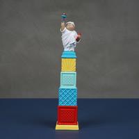 XQ 稀奇 瞿广慈《自由男神》天际线奖杯版 雕塑 25.5*5.5*5.5cm 德化白瓷