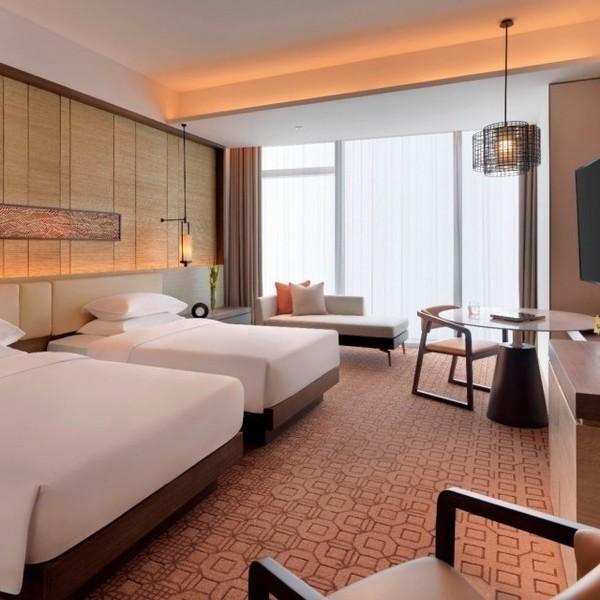 酒店度假推荐:76层云海体验媲美仙境,镇江苏宁凯悦酒店 2晚 788元!
