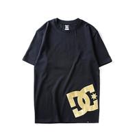 DC SHOES GDYZT03202-KVJ0 男式烫金复古时尚LOGO圆领短袖T恤