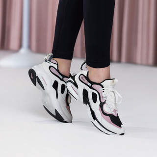 XTEP 特步 舒适莱美运动系列综训女款综训鞋女鞋