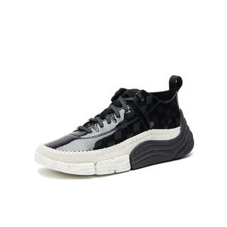 clarks其乐男鞋Trigenic Rev20春经典三瓣四代运动鞋老爹鞋(42.5、白色)