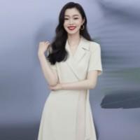 """促销活动:Lily限时特卖,来件""""正合适""""的商务时装"""
