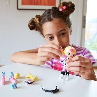 Barbie 芭比 酷酷原宿Q版娃娃穿搭套装 动漫娃娃 女孩玩具 单件装款式随机发 FCN19