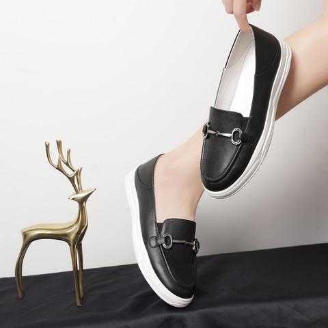 SATCHI 沙驰 21年新品 牛皮革舒适简约马衔扣乐福鞋女单鞋平底休闲小白鞋
