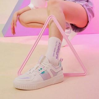 XTEP 特步 879218310520 女款幻彩板鞋