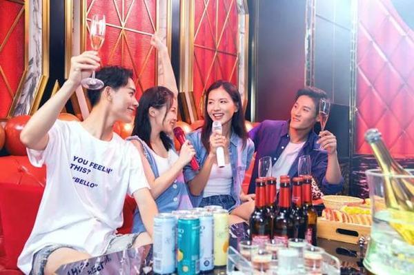 KTV嗨唱4小时39.9元 赠啤酒饮料、爆米花!亲子乐园1大1小208元