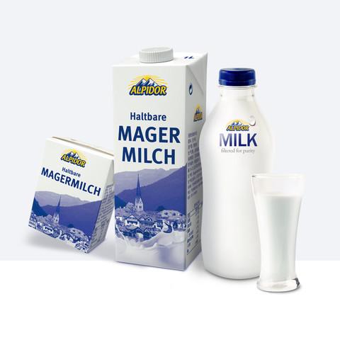 阿贝多 奥地利原装进口脱脂高钙纯牛奶200ml*24盒