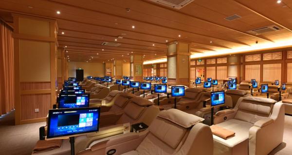 上海极乐汤川沙酒店高级大床房1晚(含早+温泉门票+迪士尼接送)