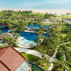 三亚湾海居铂尔曼度假酒店高级花园房2晚(含每日双早+椰子鸡套餐1份+精美旅拍+穿梭巴士)