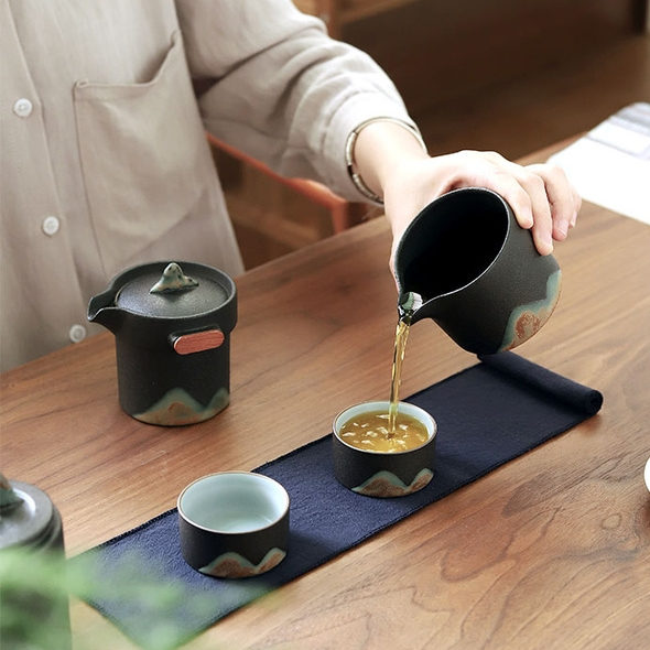 精美瓷器 墨水青山旅行套装 快客壶宽9.2高9.4cm