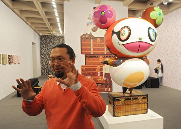 村上隆:我的作品即使不谈情怀,也值得入手,超值低价!
