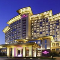 有SNP!扬州皇冠假日酒店 皇冠高级房2晚(含早餐)