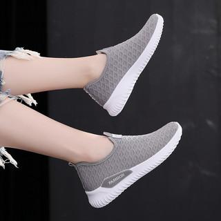 老北京布鞋女士春季中年软底轻便百搭防滑飞织一脚蹬妈妈旅游鞋子
