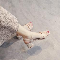 卡芙琳 K7914160282  女士一字带凉鞋
