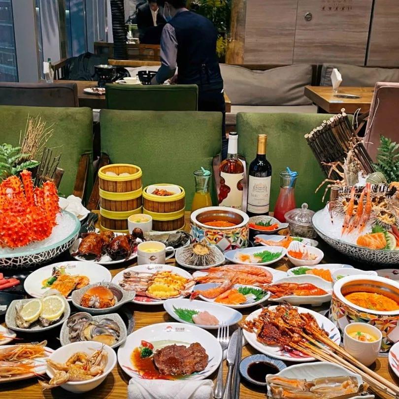 文末抽免单 : 成都银泰in99丨阳光岛·海鲜盛宴,殿堂级海鲜自助,200+海鲜不限量不限时畅吃