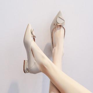 Miiow 猫人 21春夏新款英伦风气质尖头浅口舒适两穿粗跟女单鞋子
