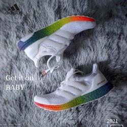 adidas 阿迪达斯 男鞋UltraBOOST新款爆米花彩虹透气运动鞋跑步鞋FY2299