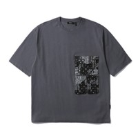 FIVE CM 男士口袋拼接 T 恤