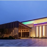 东平森林公园对面!上海宝岛森林衡山酒店 高级大床房1晚(含双早+mini吧软饮畅饮1份+视房态提前12点入住等)
