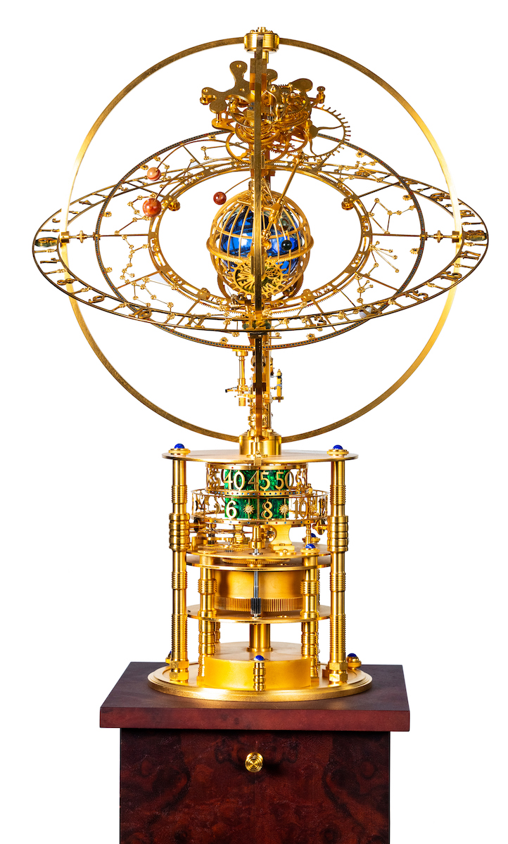 Miki Eleta Svemir 黄铜镀金座钟 Svemir