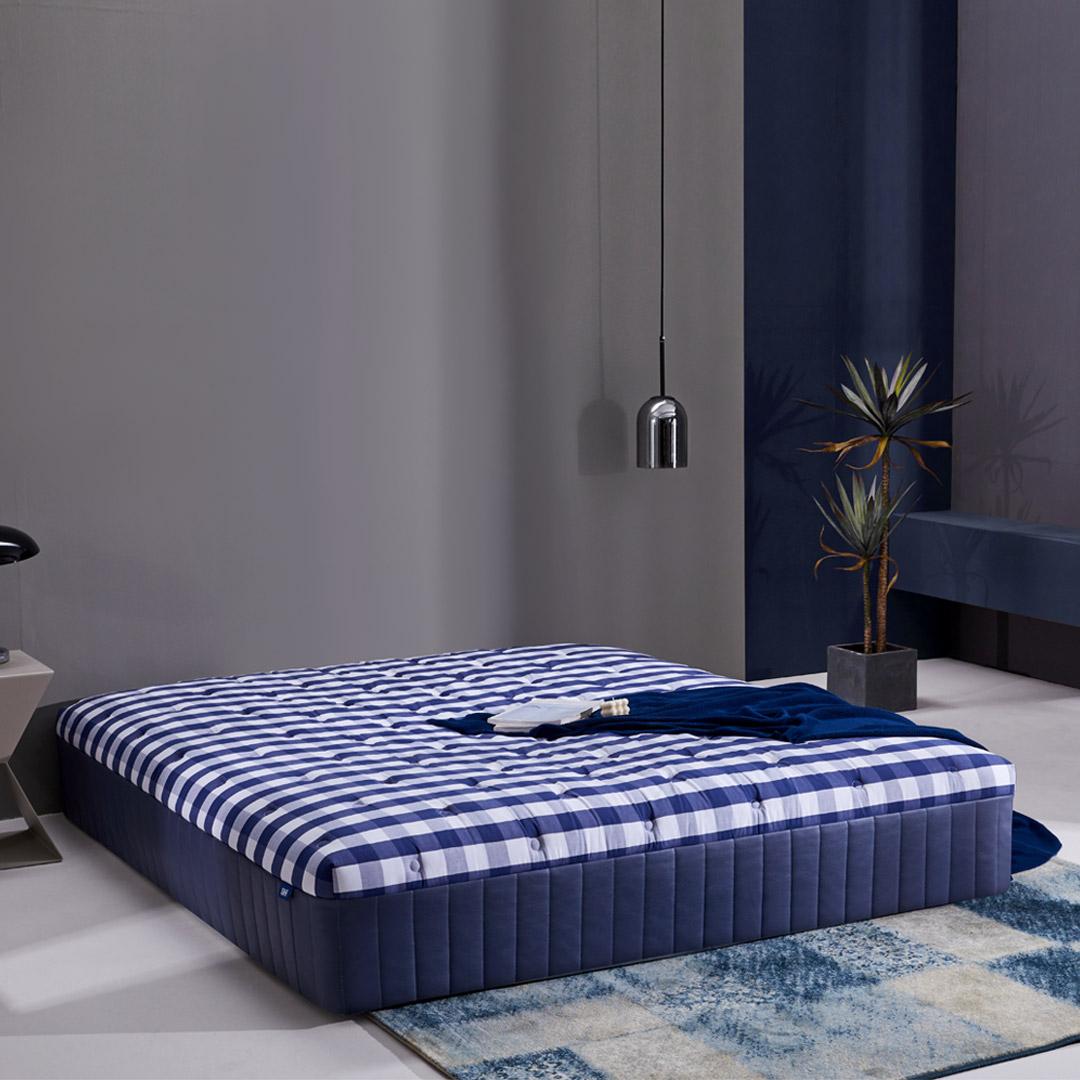 8H TS1 乳胶弹簧床垫 蓝白格 150*200*30cm