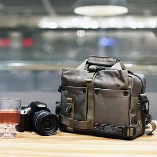 JENOVA 吉尼佛 摄影单肩数码相机包佳能200单反5d索尼康微单斜挎男女51170