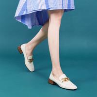 SATCHI 沙驰 专柜牛皮革链条扣方头雅致木纹跟两穿乐福鞋