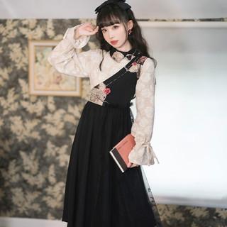十三余 小豆蔻儿 玄镜 国风刺绣不对称拼接撞色连衣裙