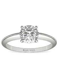 Blue Nile 0.65克拉圆形切割钻石+经典四镶爪单石戒托