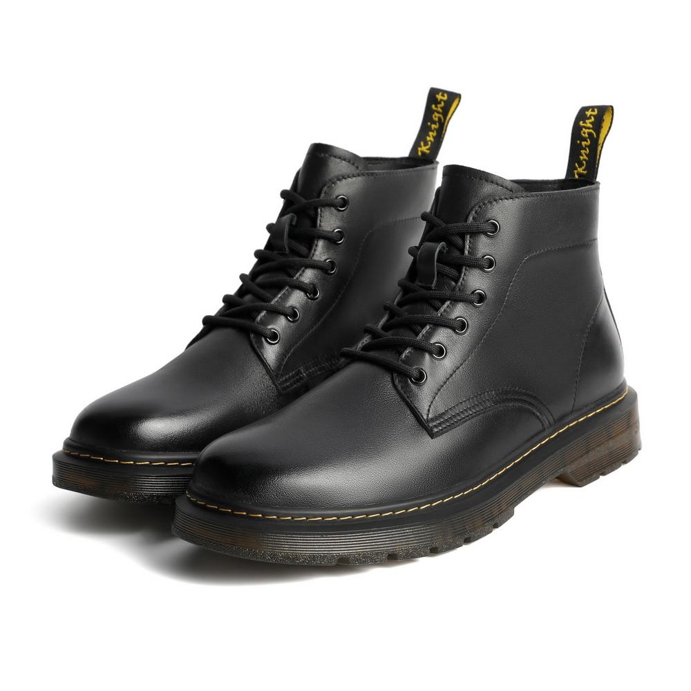 92267DD0 男士马丁靴