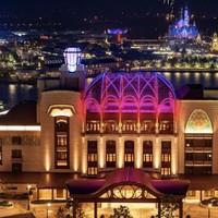 20日20点:上海迪士尼乐园酒店 豪华花园景观房1晚(含早/早+双人门票+礼宾服务)