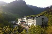 23日0点 : 周末不加价 杭州十门峡大酒店1晚(含早)+十门峡景区2张