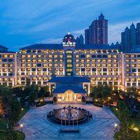 宿湖光山色欧式城堡,20000㎡室内玩乐航母嗨玩!南京恒大酒店1晚套餐
